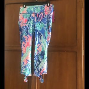 Lilly bright cropped yoga pants